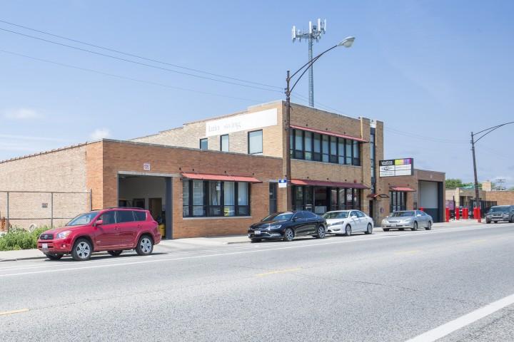 5242 N. Elston Ave.